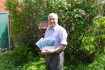Ron with his Cradley Heath Book taken in Lawrence Lane on the day of the Book launch in 2004.